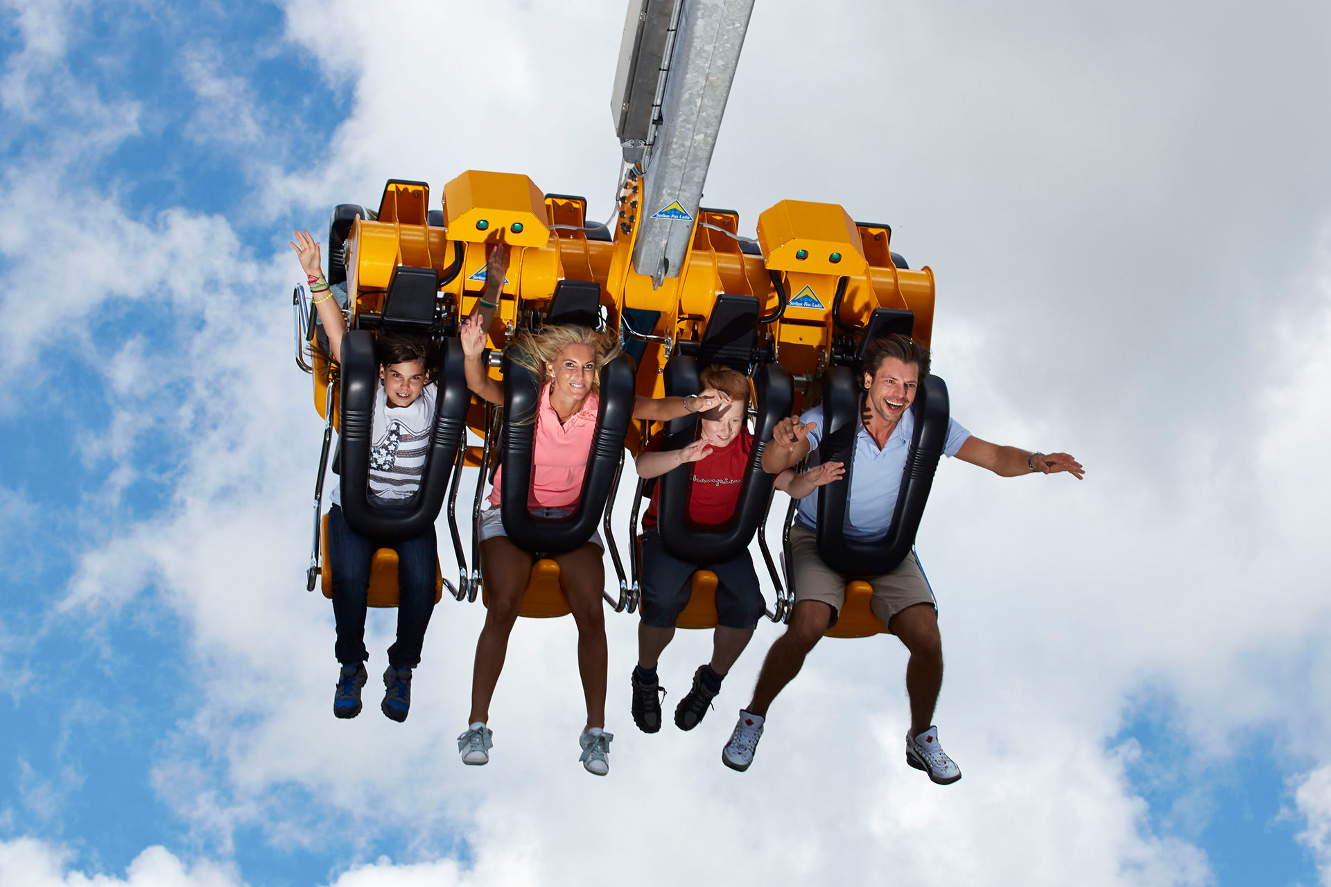 Skyswing-(7).jpg